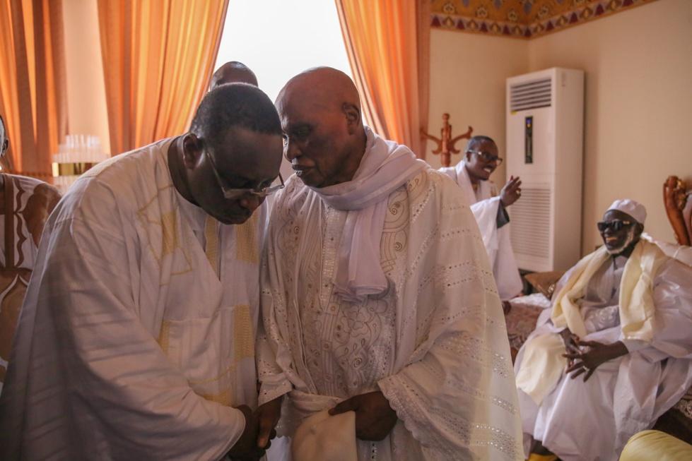 Wade fait la paix avec Macky Sall grâce à Serigne Mountakha Mbacké