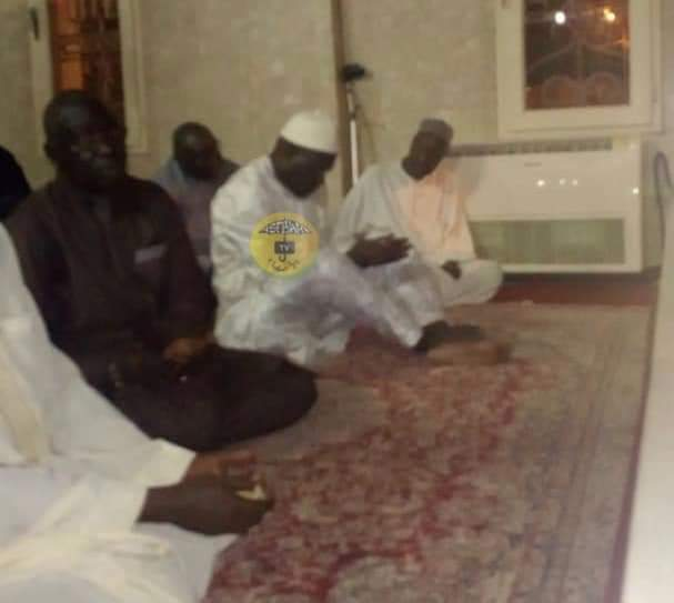 Tivaouane: Khalifa Sall aux mausolées de Serigne Babacar Sy et de Seydil Hadj Malick Sy (PHOTOS)