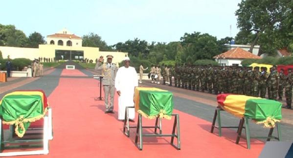 Trois Soldats morts en RCA élevés au rang de Chevalier de l'ordre national du Lion