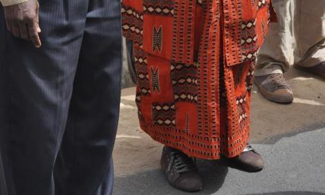 Regardez les belles chaussures de Penda Mbow