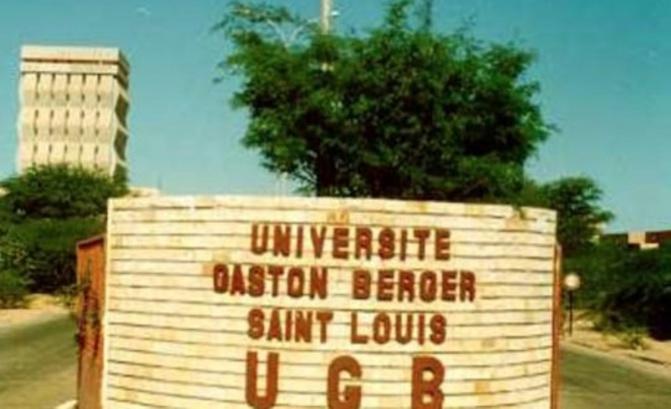 Saint-Louis: les étudiants de l'UGB dans la rue, bloquent la Nationale 2