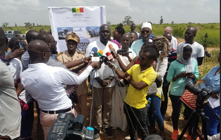 Lancement du projet de Construction des 100 000 logements sociaux – Revivez en images la visite de terrain du ministre ABDOU KARIM FOFANA