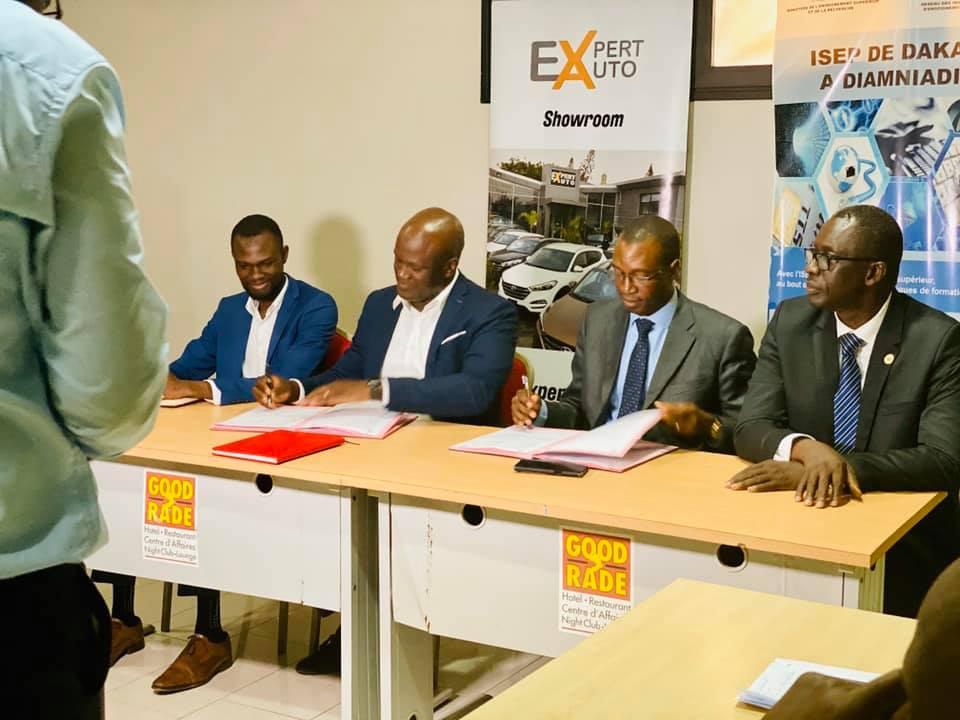 Expert Auto signe un contrat de partenariat avec l'Isep de Diamniadio