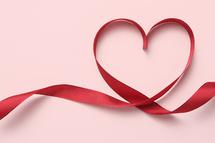 Saint-Valentin / Beaucoup ne vibrent pas au rythme des amoureux : « Cette fête n'est pas pour nous »