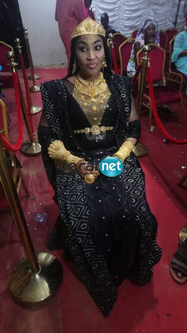 (PHOTOS): Ngoye, la femme d'Askia revient avec une ceinture de 8 millions de FCfa.