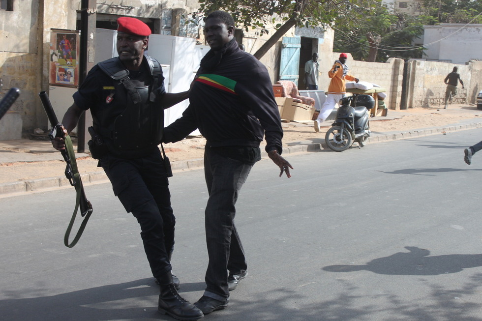 EXCLUSIF! VIDÉO - PHOTOS :  Voici les images de l'arrestation de Simon et Kilifeu