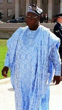 Les Usa déjà dans « l'après Wade ». Obassanjo va demander à Wade de partir (Source diplomatique)