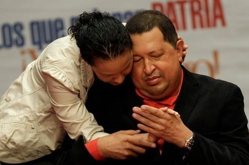 Chavez retourne à Cuba pour soigner son cancer
