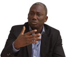 Réaction d'Abdou Fall sur les premières tendances de la Présidentielle de 2012