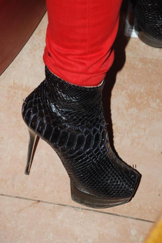 Les chaussures à 2000 dollars de Viviane