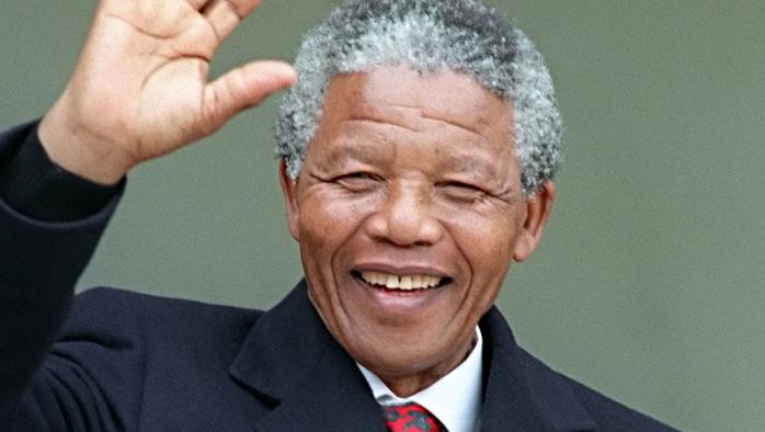 AUJOURD'HUI : 7 novembre 1991, Mandela à Dakar pour remercier le peuple sénégalais
