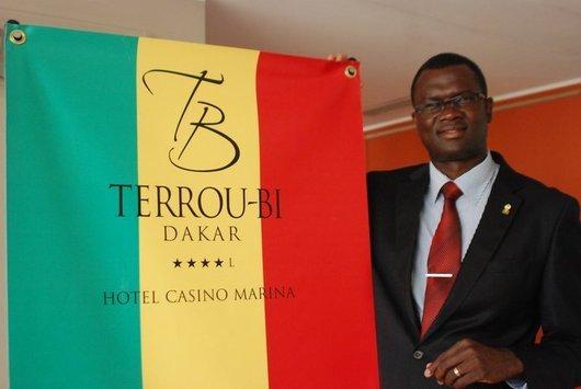 Voici Pierre Mbow le patron de l'hotel Terrou Bi