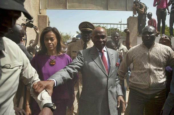 """Contribution de Serigne Bassirou Mbacké: """"Abdoulaye Wade partira, pour cinq raisons"""""""