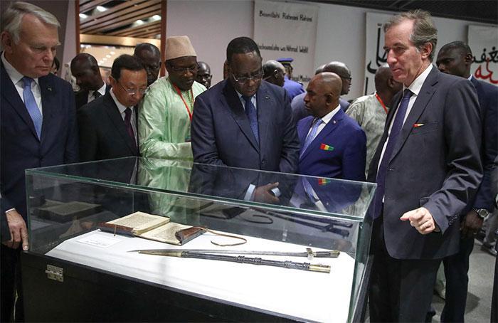 La France va restituer au Sénégal le Sabre El Hadji Oumar Tall