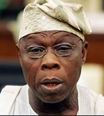 M. Olusegun Obasanjo arrive à  Dakar à 18heures