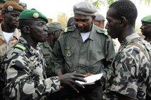 Mali: manifestation contre la junte, menacée au nord par les rebelles touareg