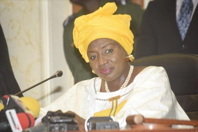 """Aminata Touré, présidente du Cese: """"Populations et élus locaux doivent se conformer aux exigences d'une occupation responsable du sol"""""""