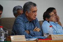 Le Président tahitien Oscar Temaru: «Sarkozy a les mains pleines de sang»