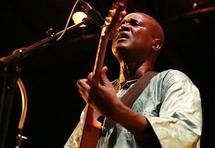 Saint-Louis : Ismaël Lô produit un spectacle dédié à la ''maturité démocratique'' du peuple sénégalais