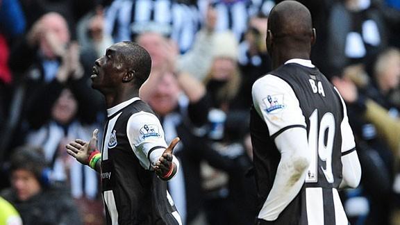 Un doublé de Papiss Cissé propulse Newcastle dans le top 5 anglais