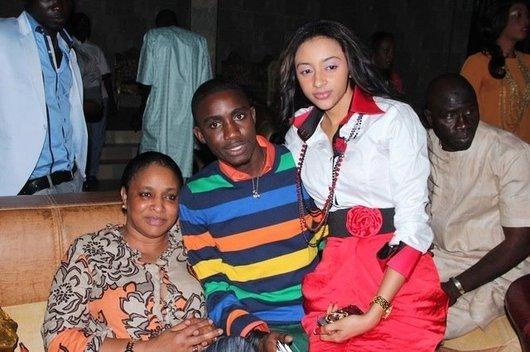 Waly Seck, sa maman et son épouse