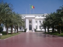 Communication de la Présidence de la République: El Hamidou Kassé  au pinacle