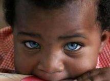 Rebeuss : un bébé retrouvé vivant dans une boîte à outils