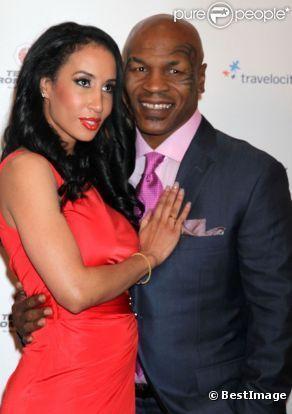 Mike Tyson : Son one-man show présenté devant sa sublime femme et Joe Jackson