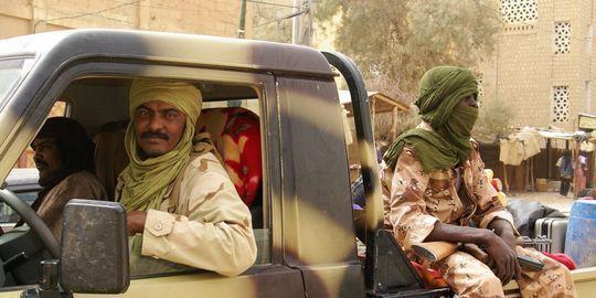 """Premiers """"contacts positifs"""" entre le Mali et les rebelles touaregs"""