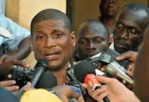Guinée-Bissau: la junte dissout les institutions, fermeture des frontières
