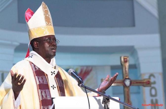 Message de Noël: Monseigneur Benjamin Ndiaye en croisade contre la maltraitance des enfants