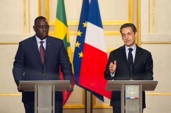 Paris se garde de donner des leçons de démocratie, dit Bernard Valéro