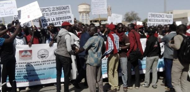 Marche du collectif des enseignants de la Fastef: les manifestants exigent le recrutement de 150 professeurs