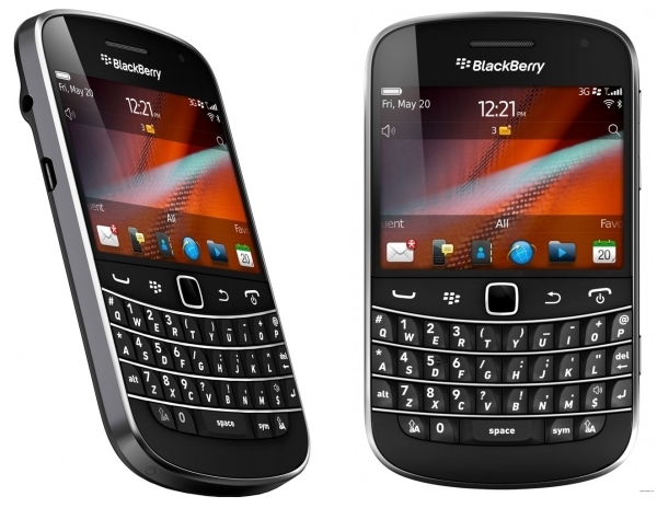BLACK BERRY 9900
