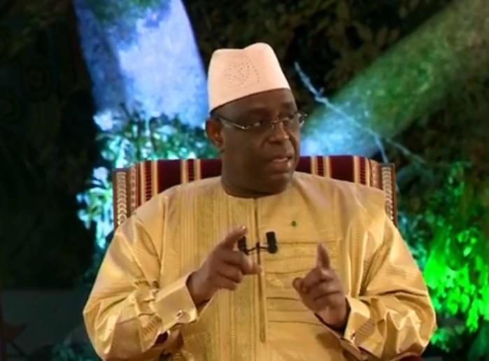 """Macky Sall face aux journalistes: """"le retour du Premier ministre n'est pas encore d'actualité"""""""
