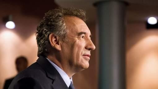 Bayrou prend clairement ses distances avec Sarkozy