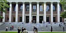 Harvard rejoint les universitaires pour un boycott des éditeurs
