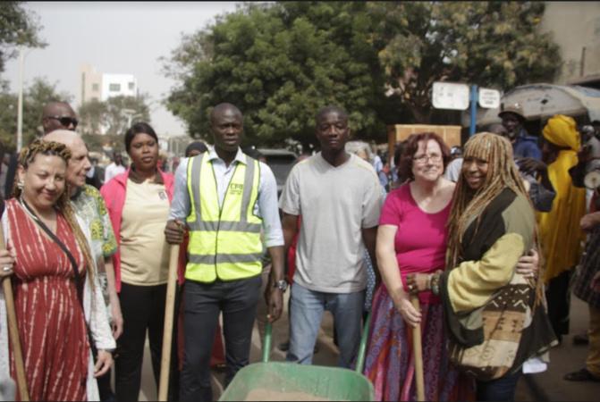 Cleanning day : avec le soutien de la Ville de Northampton, Pape Gorgui Ndong ambitionne de remporter le Grand prix du chef de l'Etat