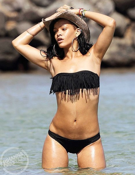 Rihanna en vacances en mode hot !