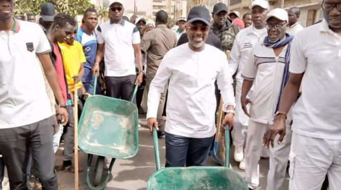Cleaning Day : Cheikh Ahmed Tidiane Bâ promet une brigade d'hygiène à la Médina