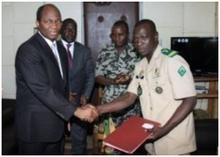 Mort de l'accord-cadre Cnrdre-Cedeao : La junte déploie plus de 200 soldats à l'aéroport de Bamako-Sénou