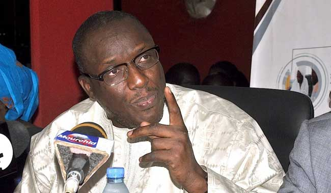 """Cheikh Oumar Hanne: """"Tous les nouveaux bacheliers sont orientés dans les universités"""""""