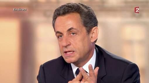 """Sarkozy traite Hollande de """"petit calomniateur"""""""