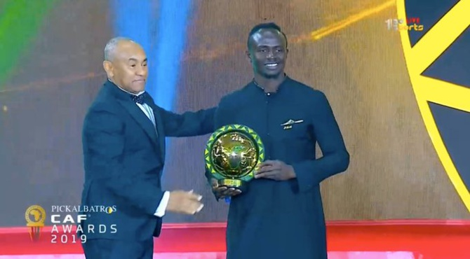 URGENT- #CAFAwards2019: Sadio Mané remporte le prix de meilleur joueur