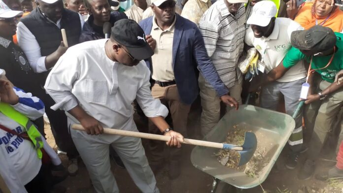 Cleaning day : Macky Sall « exhorte les forces vives de la Nation à œuvrer en permanence...»