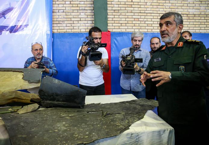 """Avion abattu en Iran: un général des Gardiens de la Révolution endosse la """"responsabilité"""" du drame"""