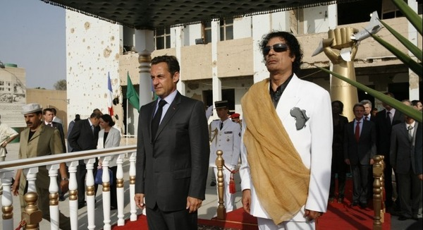 Khadafi prend sa revanche sur Sarkozy et Wade