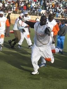Balla Gaye désavoue Gaston Mbengue et déclare: « je réclame 175 millions pour lutter contre Eumeu Sène »