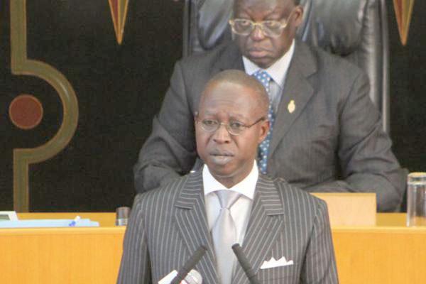 """Affaire Lamine Diack: « Macky Sall n'est ni près ni de loin mêlé à cette opération"""",  selon Mahammed Dionne"""