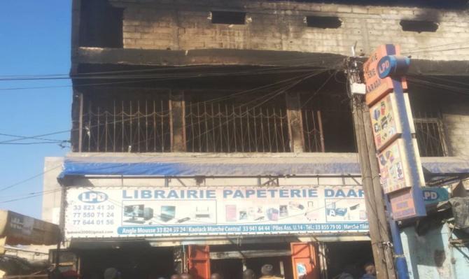 """Incendie à la Librairie """"Daaradji"""" de Colobane: les dégâts estimés à plus  de 100 millions FCfa"""